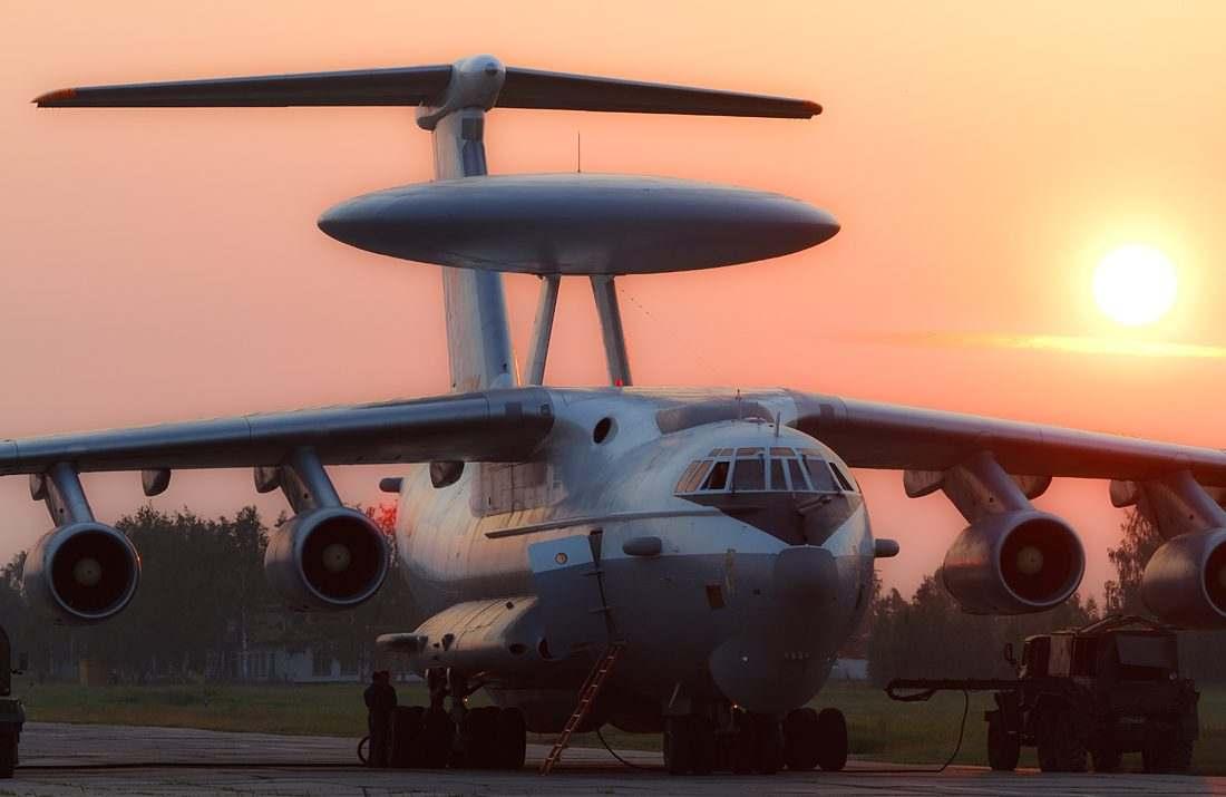 Así vuela el gigantesco 'radar volador' modernizado A-50U