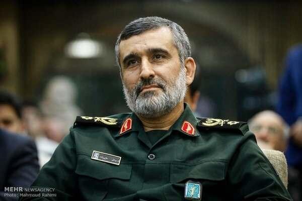 840 académicos iraníes piden al comandante aeroespacial del IRGC que dispare contra cualquier B-52 intruso