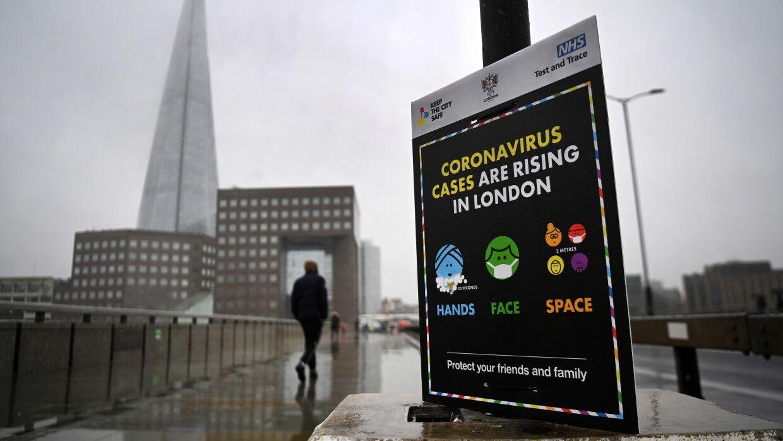 Número récord de muertes por COVID-19 registradas en el Reino Unido