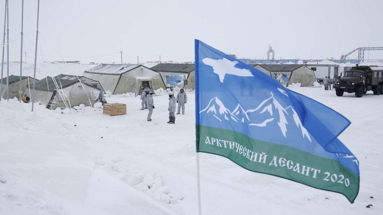 Científicos rusos crearán aeródromos flotantes para resolver problemas en el Ártico