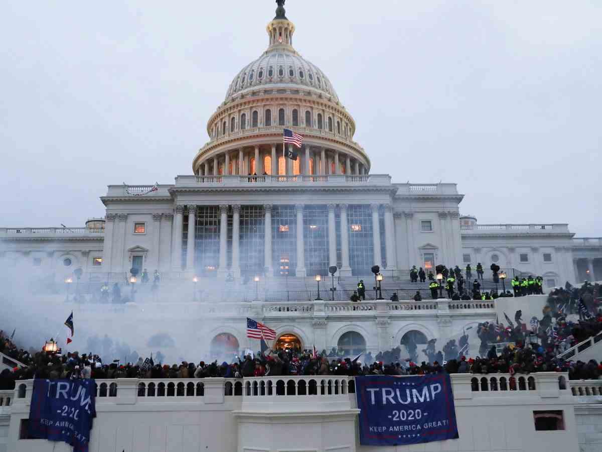 Dos policías estadounidenses se suicidaron tras asaltar el Capitolio