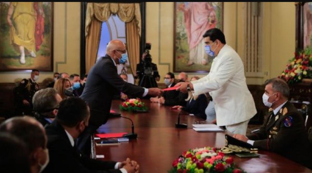 Presidente Maduro de Venezuela : El camino correcto es el diálogo