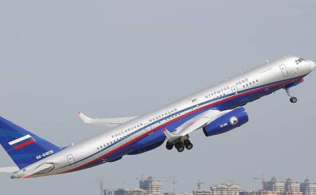 Rusia comienza a retirarse del tratado de cielos abiertos