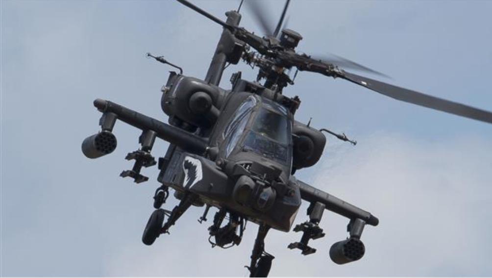 Helicóptero militar estadounidense Apache se estrella en Hasakah Siria: Informe