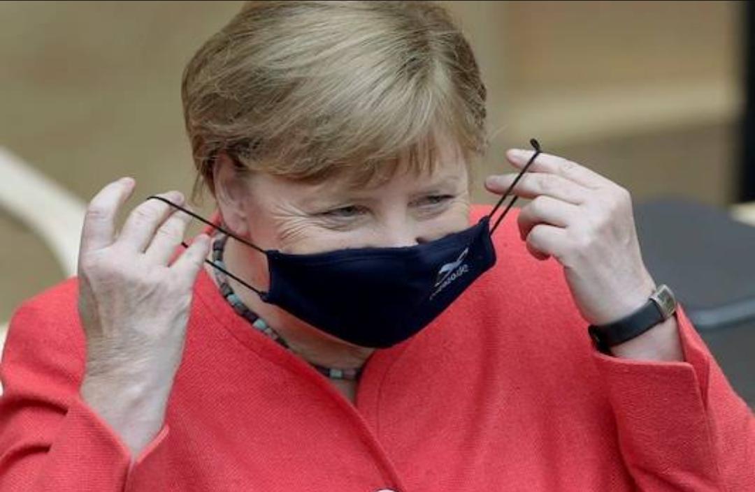 Merkel de Alemania dice que hará que las mascarillas médicas sean obligatorias en las tiendas y el transporte