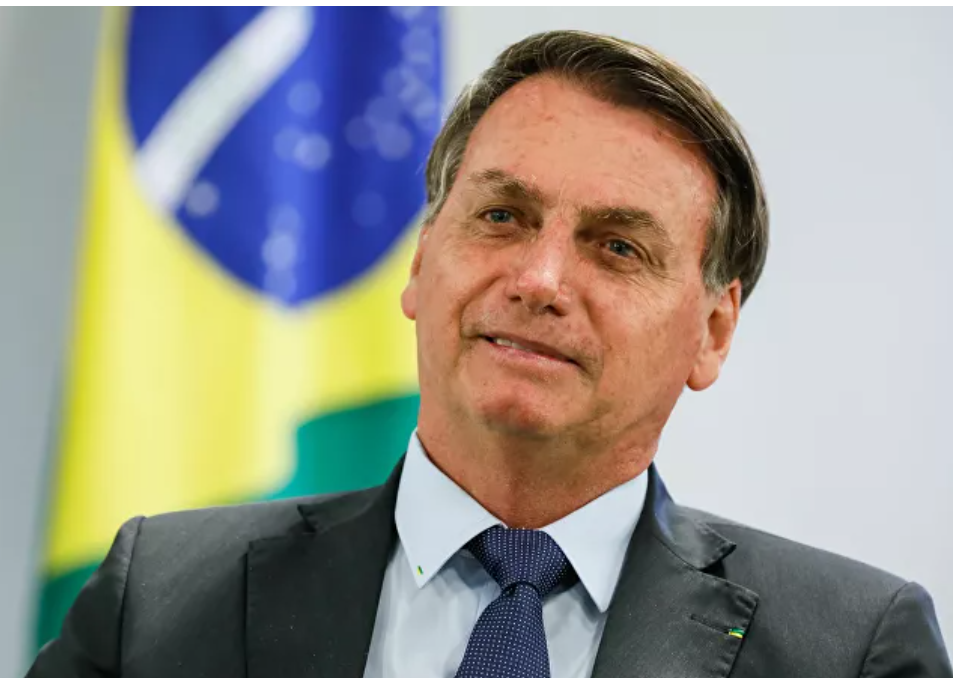 Bolsonaro enfrenta cargos ante la Corte Penal Internacional luego de las acusaciones de 'ecocidio' por parte de activistas indígenas de Brasil