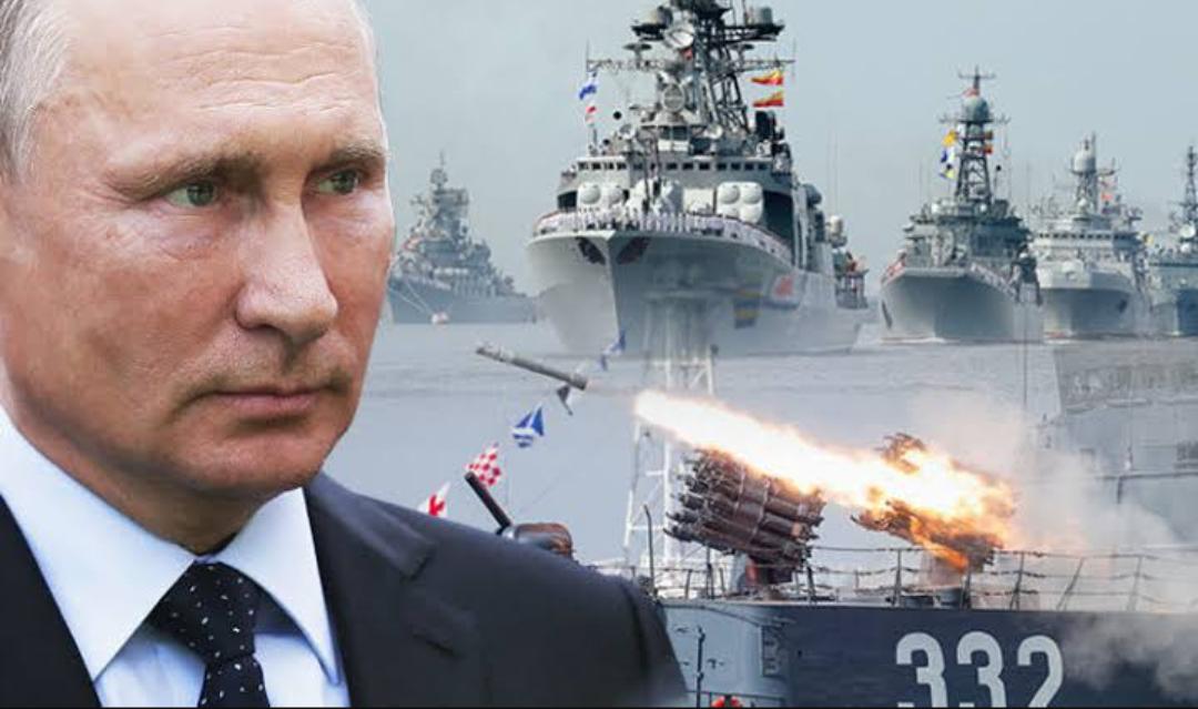 Presidente Putin dice que el ejército y la marina de Rusia están listos para abordar los principales desafíos