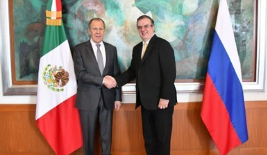 Rusia y México discuten las entregas de la vacuna Sputnik V