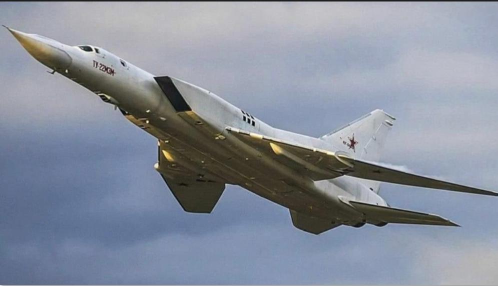 Bordeando a la OTAN desde el sur: Base aérea de Rusia en Siria se prepara para albergar bombarderos nucleares estratégicos