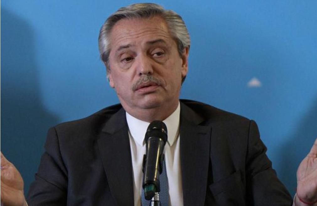 Presidente Alberto Fernández afirma que luchará para poner de pie nuevamente a Argentina