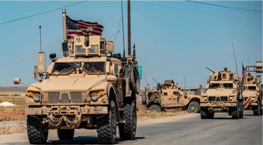 Convoy de las Fuerzas militares de Estados Unidos vuelven a contrabandear cereales desde el noreste de Siria hacia Irak