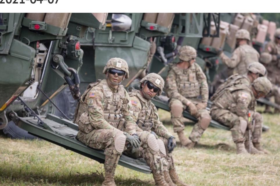 La OTAN ha enviado 37.000 soldados a la frontera de Ucrania con Crimea