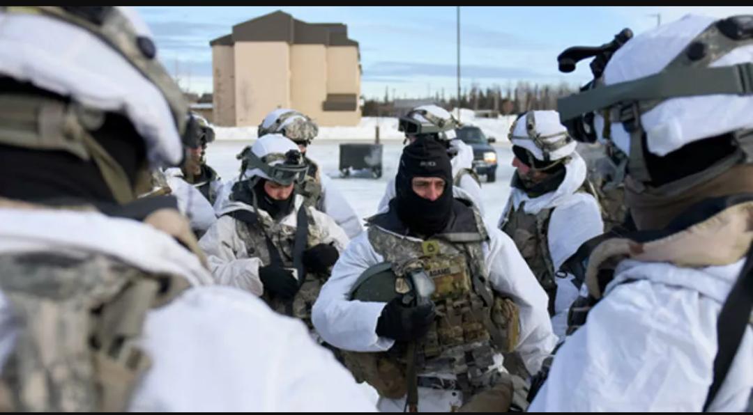 Rusia dice que las actividades militares de Estados Unidos contribuyen a la escalada en la región ártica