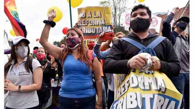 Radamel Falcao llama al mundo a prestar atención a las protestas en Colombia