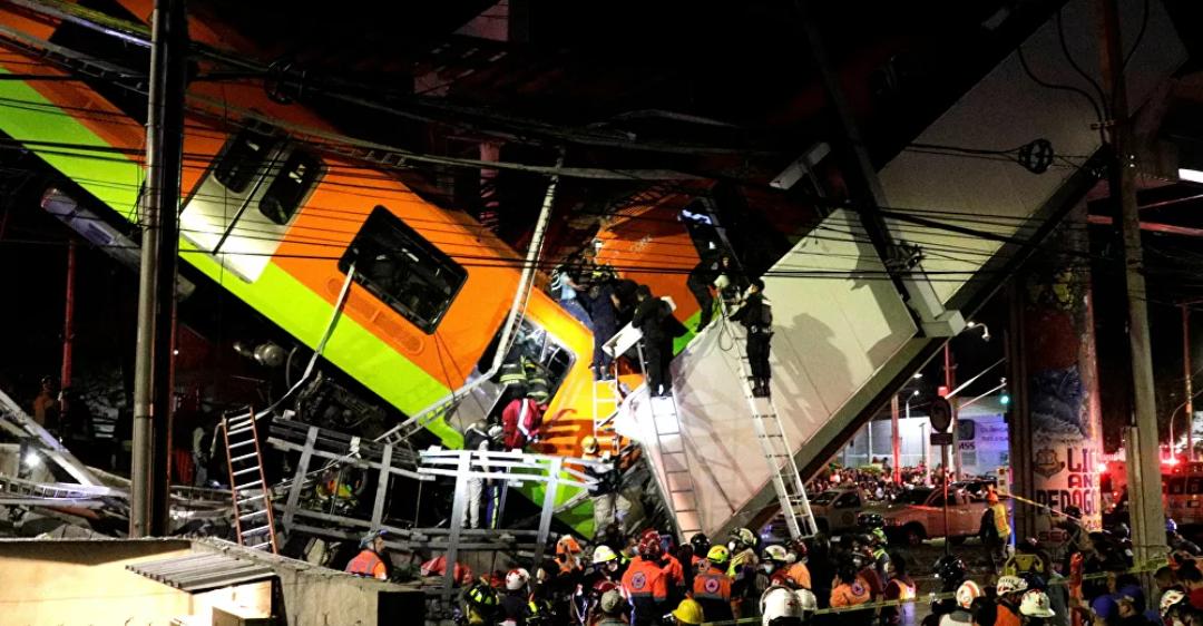 (Video) Imágenes capturan el momento exacto en que se derrumba el paso elevado del metro de la Ciudad de México