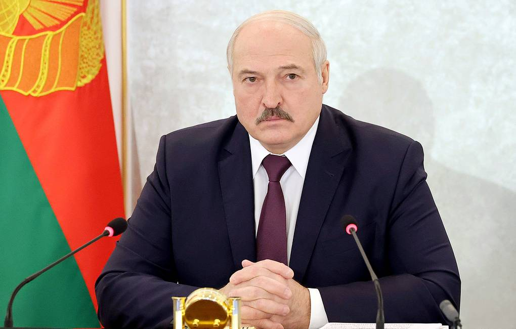 La libertad de expresión en Bielorrusia se ha convertido en extremismo, dijo Lukashenko