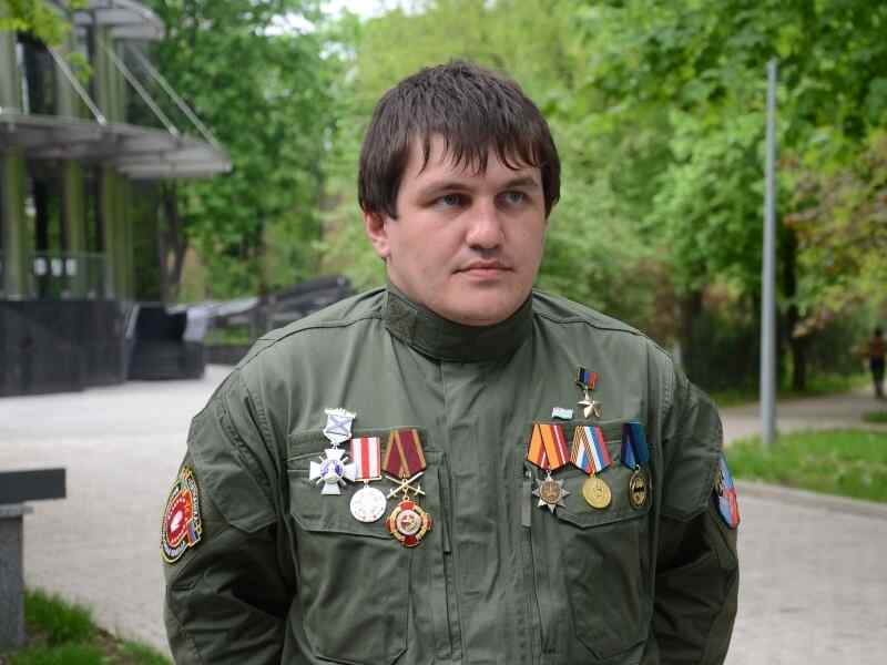 Un tribunal en Abjasia condenó en libertad a Héroe de la República Popular de Donetsk