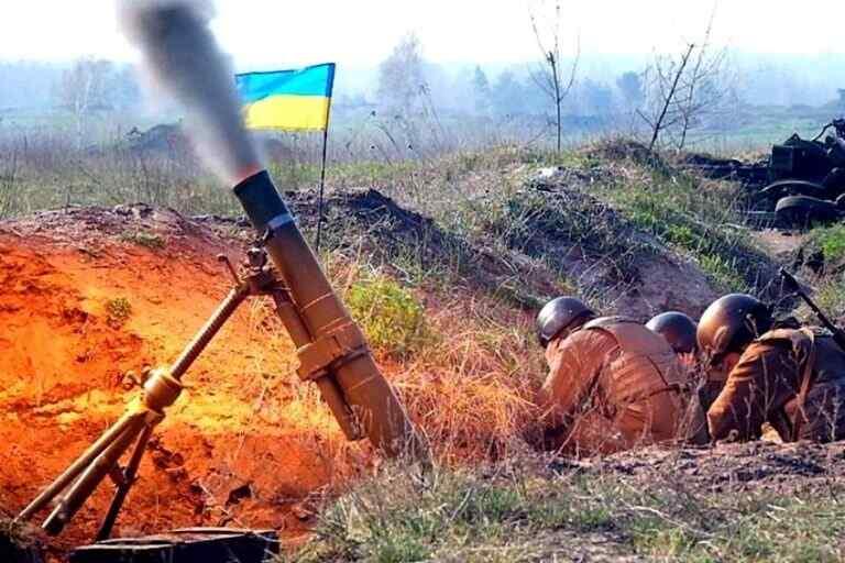 Los militares ucranianos, tras los bombardeos en las direcciones de Donetsk y Gorlovka, abrieron fuego contra el sur de la RPD