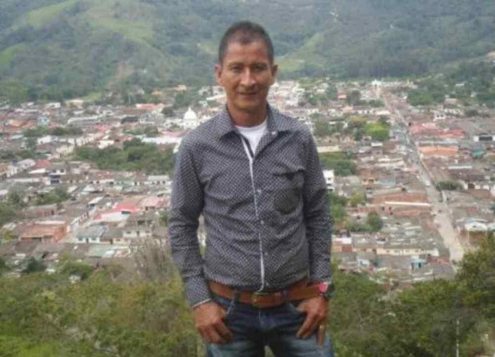 Asesinan en Arauca, Colombia al líder social Danilo Galindo y a su hijo de 23 años