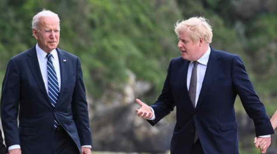 """Joe Biden y Boris Johnson firman la """"Nueva Carta del Atlántico"""", pero es posible que el mundo haya seguido adelante"""