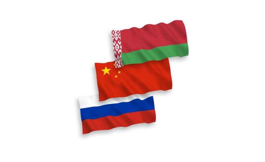 Canciller bielorruso cree que Minsk, en el contexto de los nuevos desafíos, puede confiar en la Federación de Rusia y la República Popular de China
