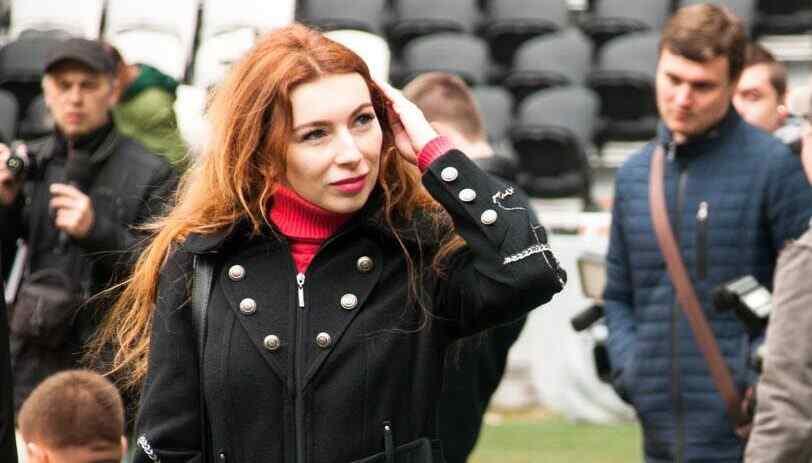 La corresponsal de guerra de News Front, Katya Katina falleció en Donetsk a causa de un derrame cerebral