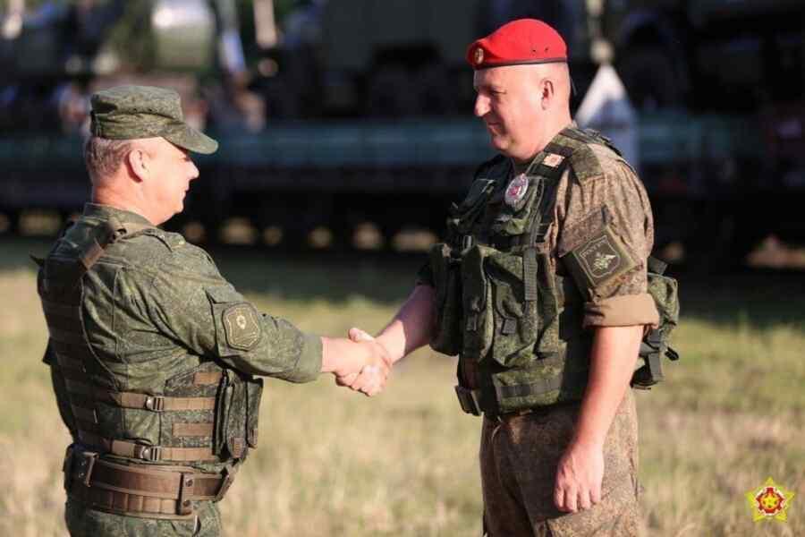 """El primer tren con los militares de la Federación de Rusia llegó a Brest en preparación para el ejercicio """"Zapad-2021"""""""