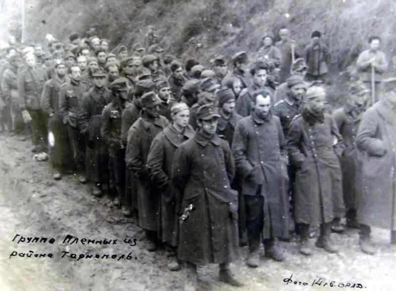"""Un día en la historia: En el parlamento recordaron el final sin gloria de la colaboracionista división ucraniana """"SS Galichina"""""""