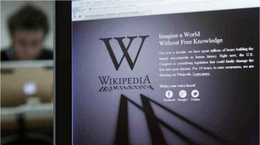 """""""Propaganda"""": Cofundador de Wikipedia dice que el sitio web se ha transformado en un patio de recreo para los manipuladores ricos y poderosos."""