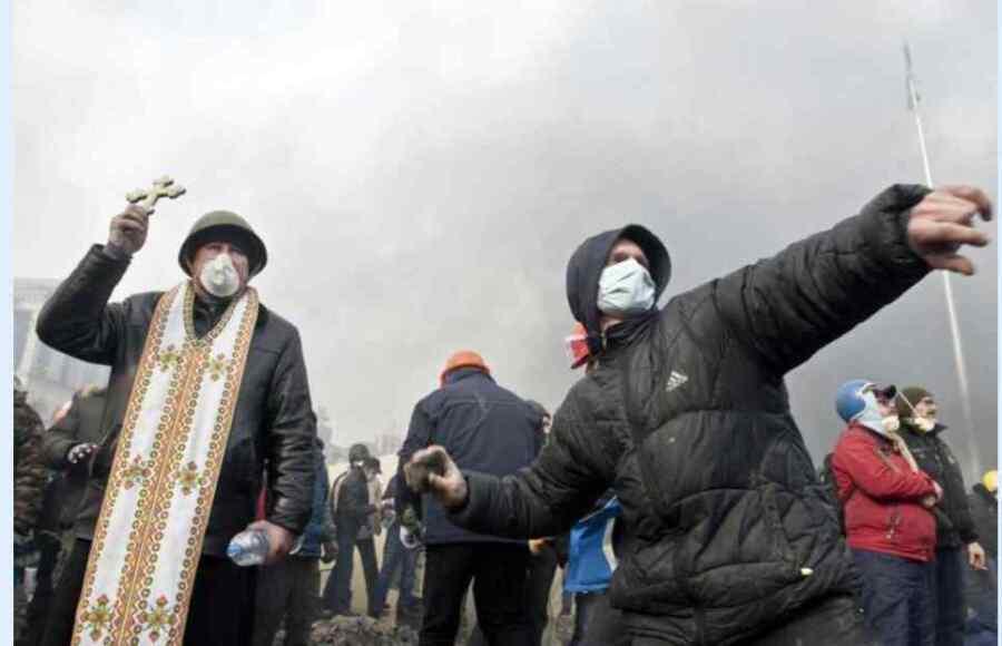 Herejes, pogromos y guerras religiosas : Ucrania en el siglo XXI