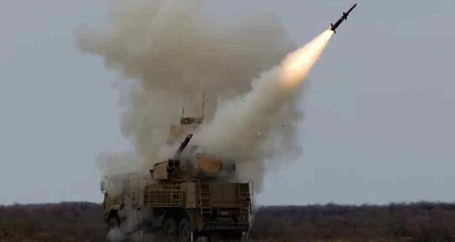 Videos: Las defensas aéreas sirias repelen el ataque de Israel en el cielo sobre la gobernación de Homs : SANA