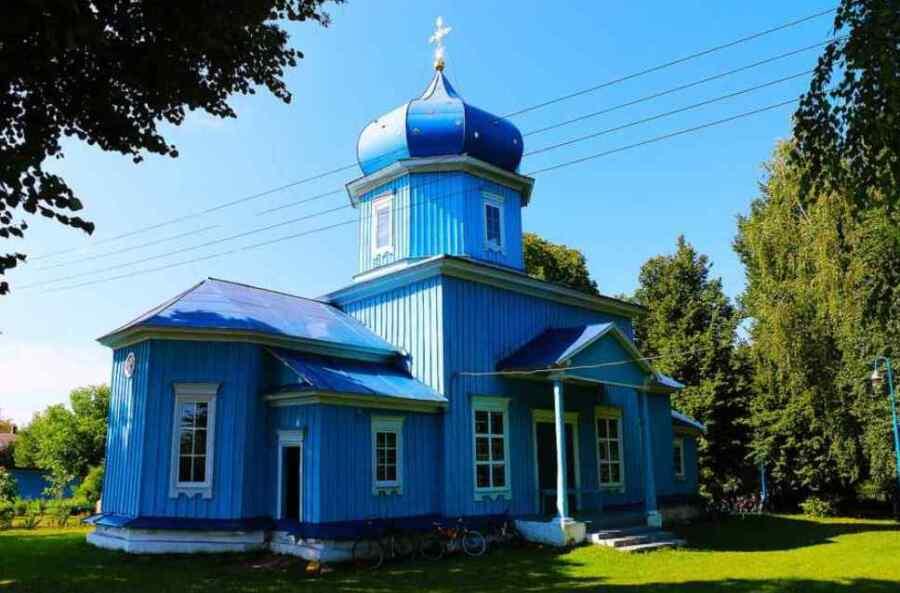 Radicales ucranianos intentaron apoderarse del templo de la iglesia ortodoxa del Patriarcado de Moscú en la región de Vinnitsa
