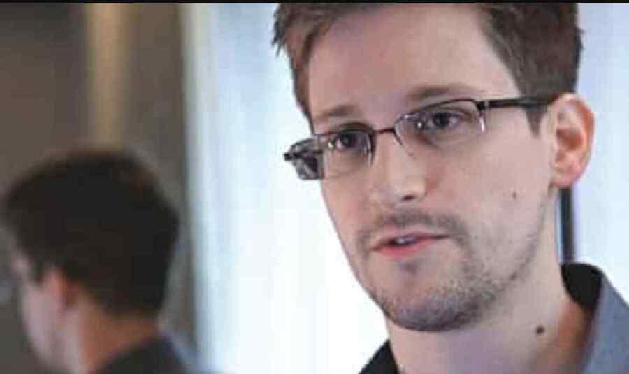 Edward Snowden advierte sobre una 'amenaza letal' que supone la inversión en software espía
