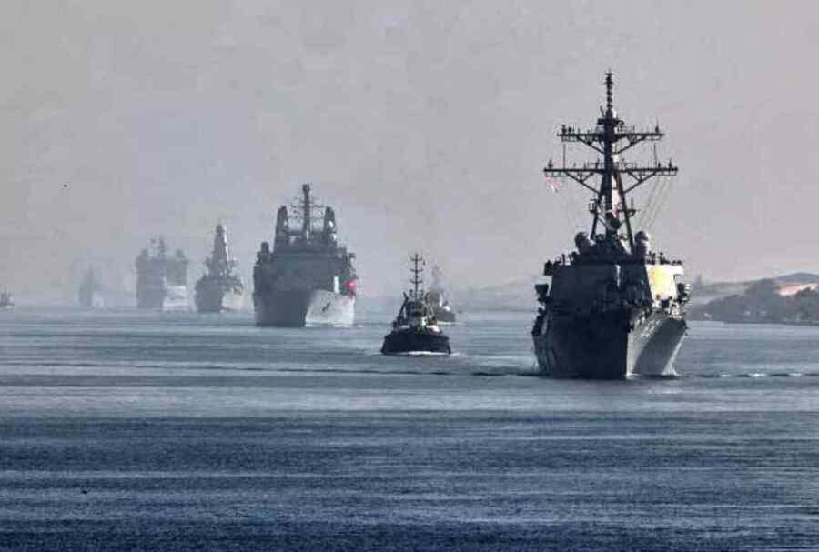 China promete 'tomar las medidas necesarias' después de que el grupo de ataque aéreo del Reino Unido atraviese el mar del sur de China