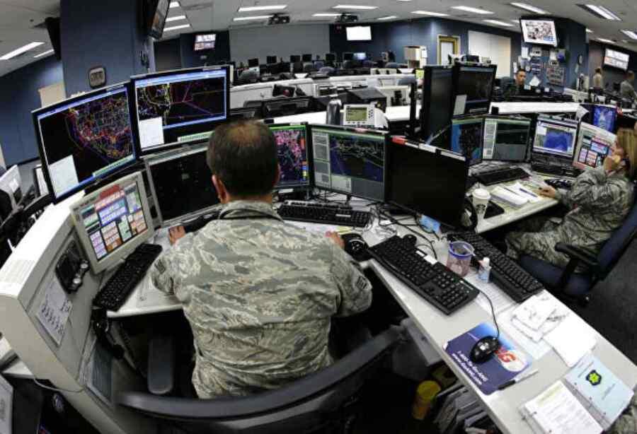 Estados Unidos dará acceso a las tropas del Reino Unido a su 'nube de combate' militar para oponerse a China