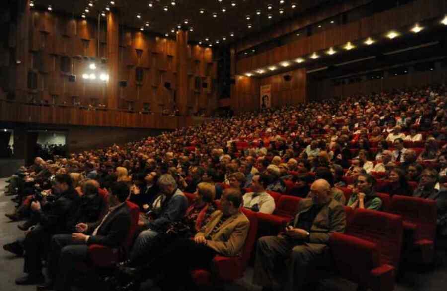 """El estreno de la película """"Kerchek"""" sobre la vida de los tártaros de Crimea tuvo lugar en Moscú Rusia"""