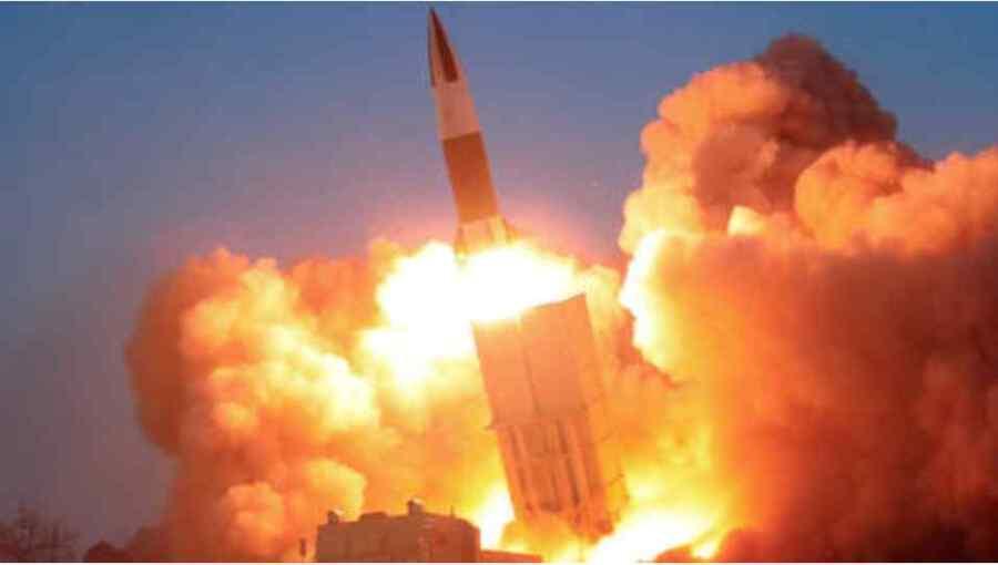 """Corea del Norte dispara dos """"proyectiles no identificados"""" días después de probar misiles de crucero de largo alcance: Informes"""