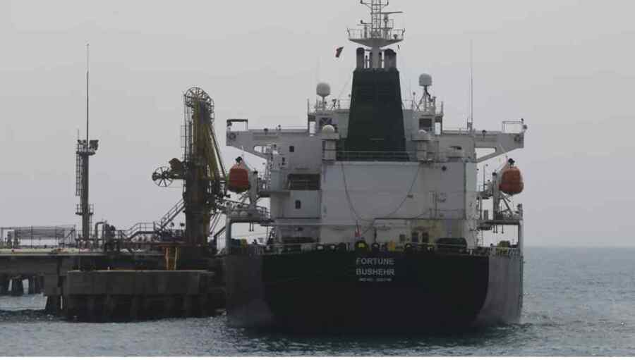 Irán y Venezuela han llegado a un acuerdo para intercambiar petróleo por condensado en elusión de las sanciones de Estados Unidos : Informes