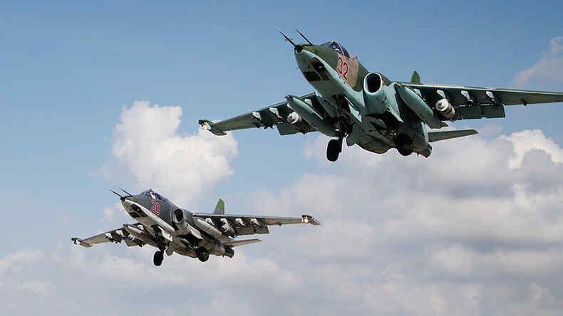 Insurgencia en Siria central: Ataques aéreos rusos eliminaron e hirieron a 44 terroristas del ISIS durante la semana