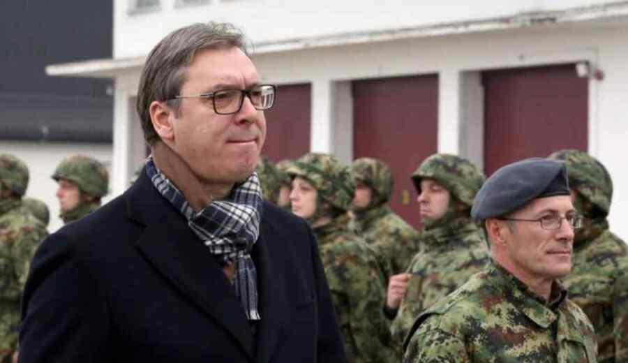 Presidente Vucic : Serbia se verá obligada a defender a los serbios si Kosovo sigue disparando a la gente